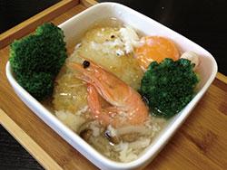 えびと野菜のおこげスープご飯