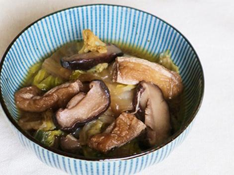 白菜と揚げの煮物