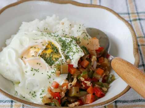 たっぷり野菜の和風ガパオライス
