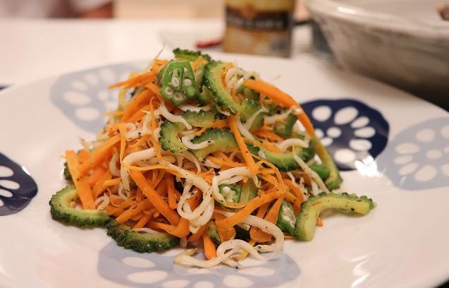 白魚と夏野菜の炒め物