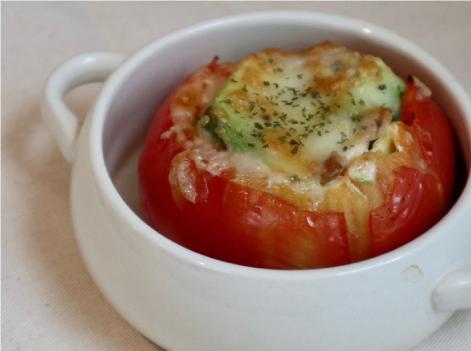 トマトのアドカドチーズ焼き